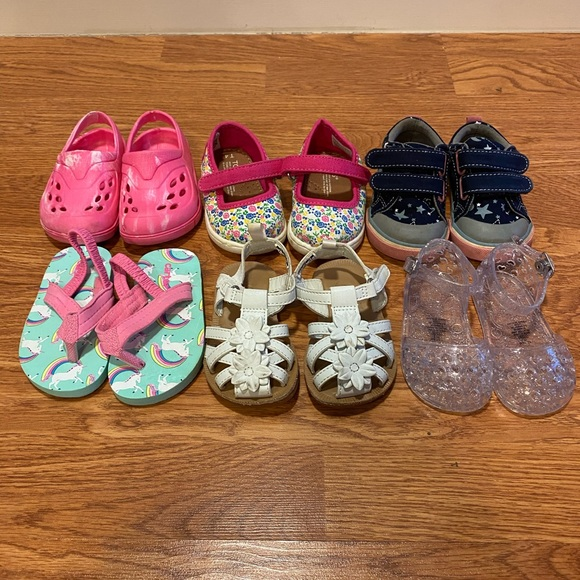 Toms Other - Girls toddler shoes size 4 lot